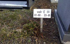 Grafnummerpaaltjes (tekst En Nummerborden) Voor Begraafplaatsen En Crematoria Paaltje